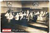 Highland Avenue School, Grades 7 and 8, 1917