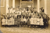 Jericho Public School children, including Alice Underhill, 1911