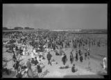Beachgoers at Manhattan Beach, Brooklyn, undated (ca. July 1917).