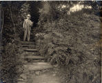 1903, Mark Twain on steps to the study